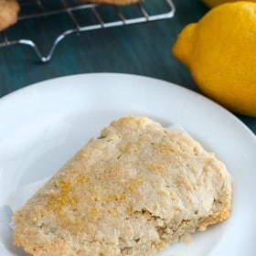low-carb-lemon-scones