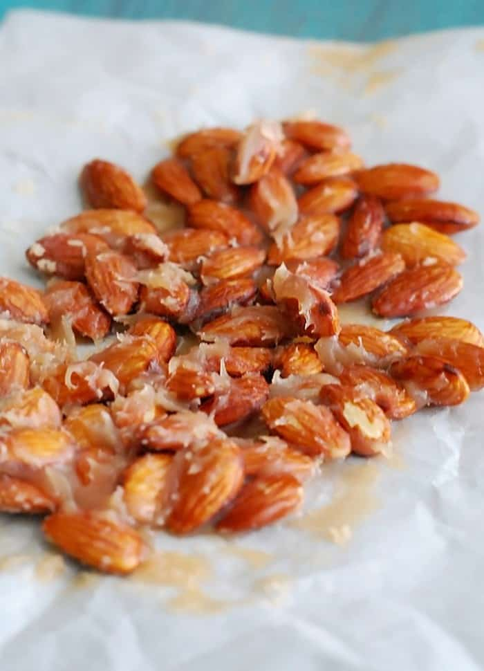 Caramel Candied Almonds - the best sugar free almond dessert, ever.