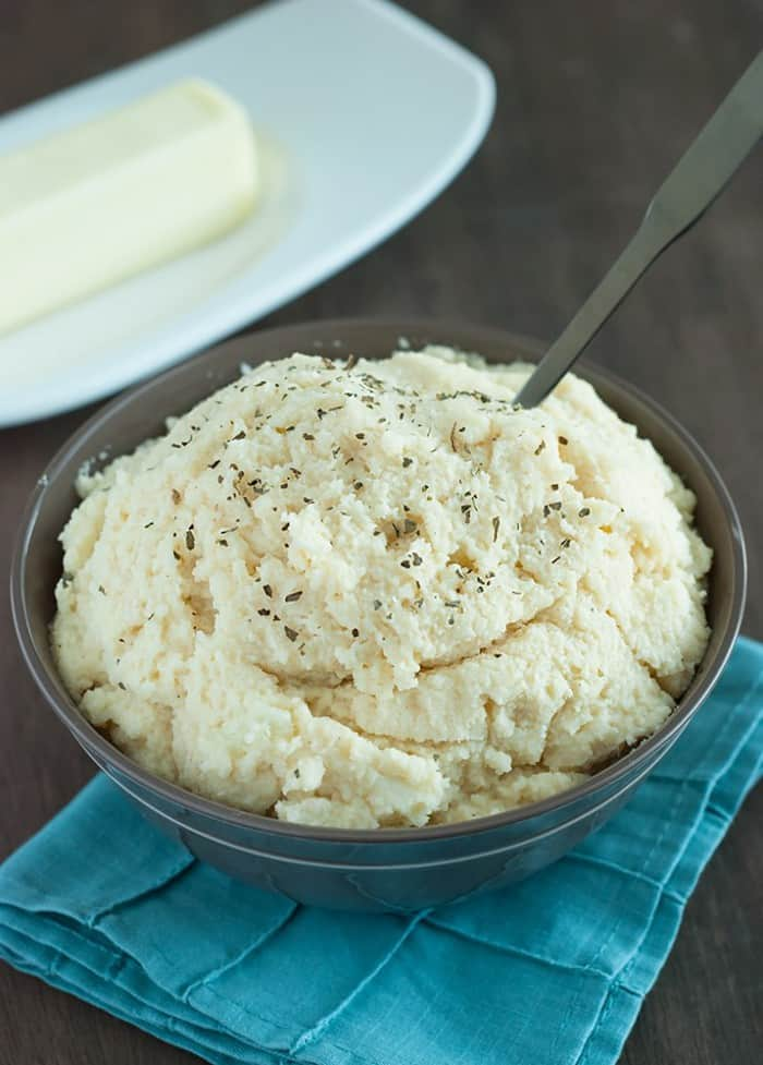 Low Carb Mashed Potatoes - Creamy, healthy and full of delicious flavor. Forget regular mashed potatoes!