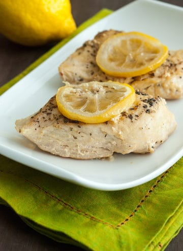 Low Carb and Gluten-Free Slow Cooker Lemon Garlic Chicken Recipe - This dish is bright, flavorful, and healthy, too!