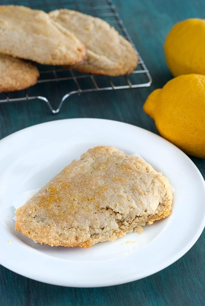 Fresh Lemon Scones - Tender scones with bright lemon flavors that are perfect for Summer.